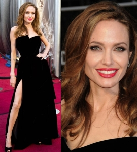 angelina-jolie-oscars-2012-academy-awards-atelier-versace-dress